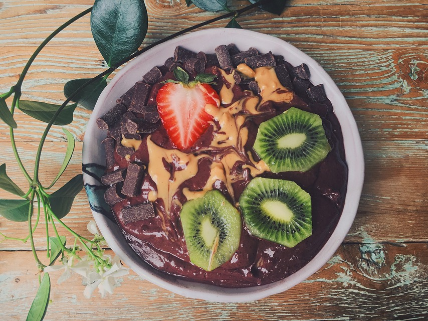 Dark Chocolate Peanut Butter Acai Bowl